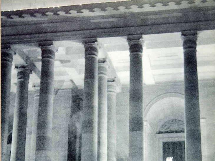ਸੰਨ 1955 ਵਿੱਚ ਦੀਵਾਲੀ ਮੌਕੇ ਰਾਸ਼ਟਰਪਤੀ ਭਵਨ ਦੀ ਸਜਾਵਟ।