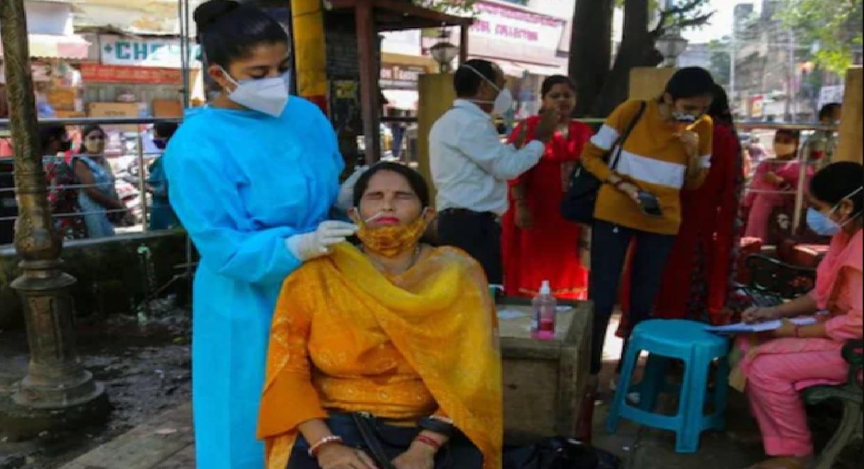 Coronavirus Update: 24 ਘੰਟਿਆਂ ਵਿਚ ਮਿਲੇ 25404 ਮਰੀਜ਼, 339 ਲੋਕਾਂ ਦੀ ਮੌਤ (ਫਾਇਲ ਫੋਟੋ: AP)