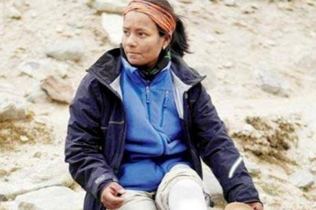 ਮਾਊਂਟ ਐਵਰਰੈਸਟ ਦੀ ਚੜ੍ਹਾਈ ਕਰਨ ਵਾਲੀ ਪਹਿਲੀ ਭਾਰਤੀ ਦਿਵਿਆਂਗ ਮਹਿਲਾ ਅਰੂਨੀਮਾ ਸਿਨਹਾ ਸਨਮਾਨਿਤ