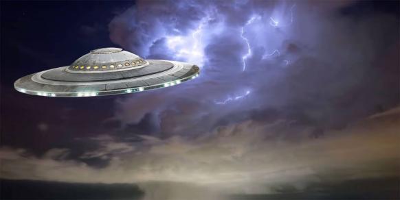 ਪੰਜਾਬ 'ਚ ਇਸ ਜਗ੍ਹਾ ਦਿੱਸਿਆ UFO, ਏਲੀਅਨ ਹੋਣ ਦੇ ਡਰ ਕਾਰਨ ਘਬਰਾਏ ਲੋਕ